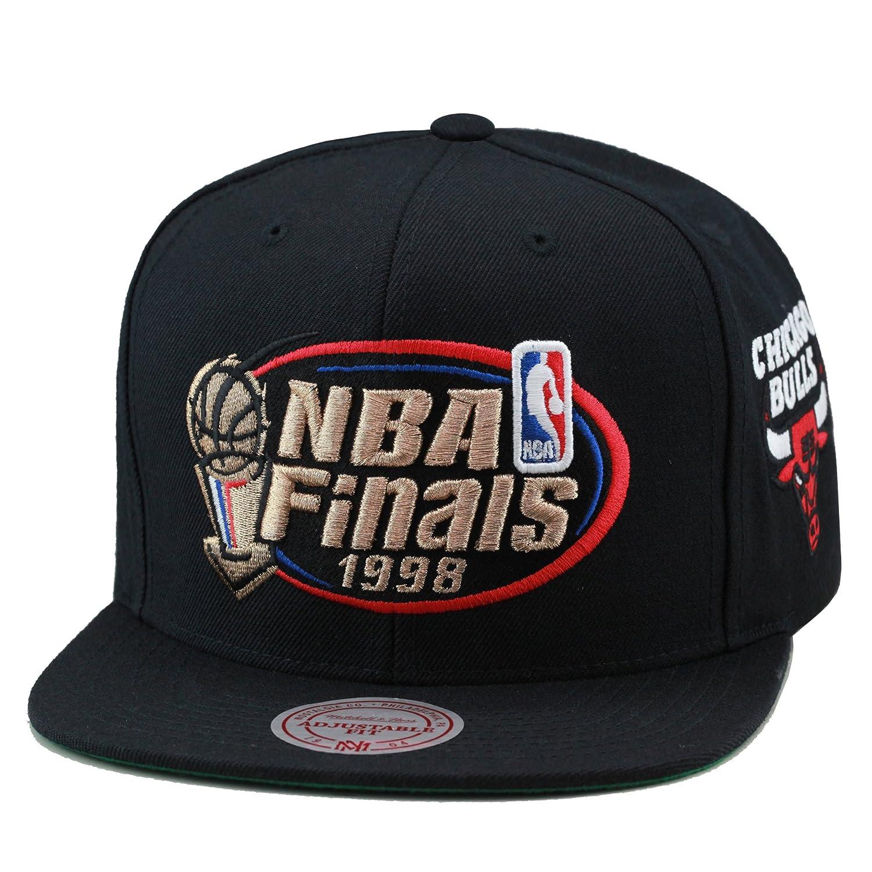 8e9e36a76641d1 Amazon.com : Mitchell & Ness Men's Chicago Bulls 1998 NBA Finals  Commemorative Snapback Hat One Size Black : Clothing