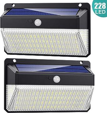 228 LED Luz Solar Exterior, AOPAWA [ 2200mAh Potente ] Foco Solar led con Sensor de Movimiento Luces Solares Exterior Gran Ángulo 270ºde Iluminación Lámpara Solar Impermeable para Jardín 2-Paquete: Amazon.es: Iluminación