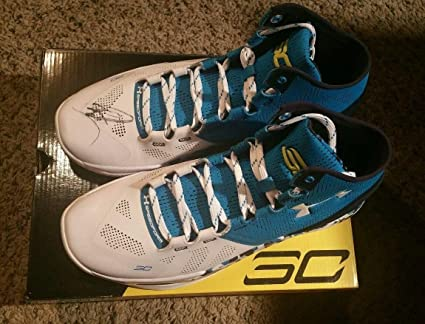 bbd8b94130405 Stephen Curry Signed Autographed Under Armour Shoe Haight Street ...