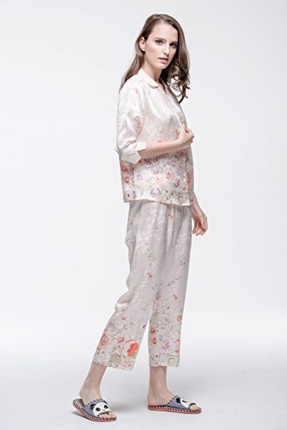 2590a93e70 Chesslyre Women s Luxury Charmeuse Jacquard Foral Print Silk Satin Pajamas  2 Piece Set at Amazon Women s Clothing store