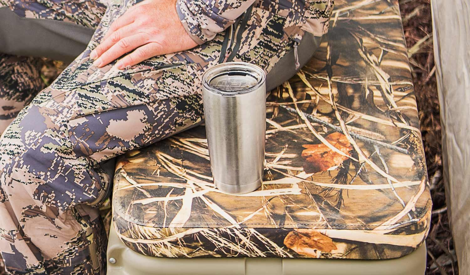 YETI Rambler 20 oz Stainless Steel Vacuum Insulated Tumbler with Lid (Stainless Steel) by YETI (Image #7)