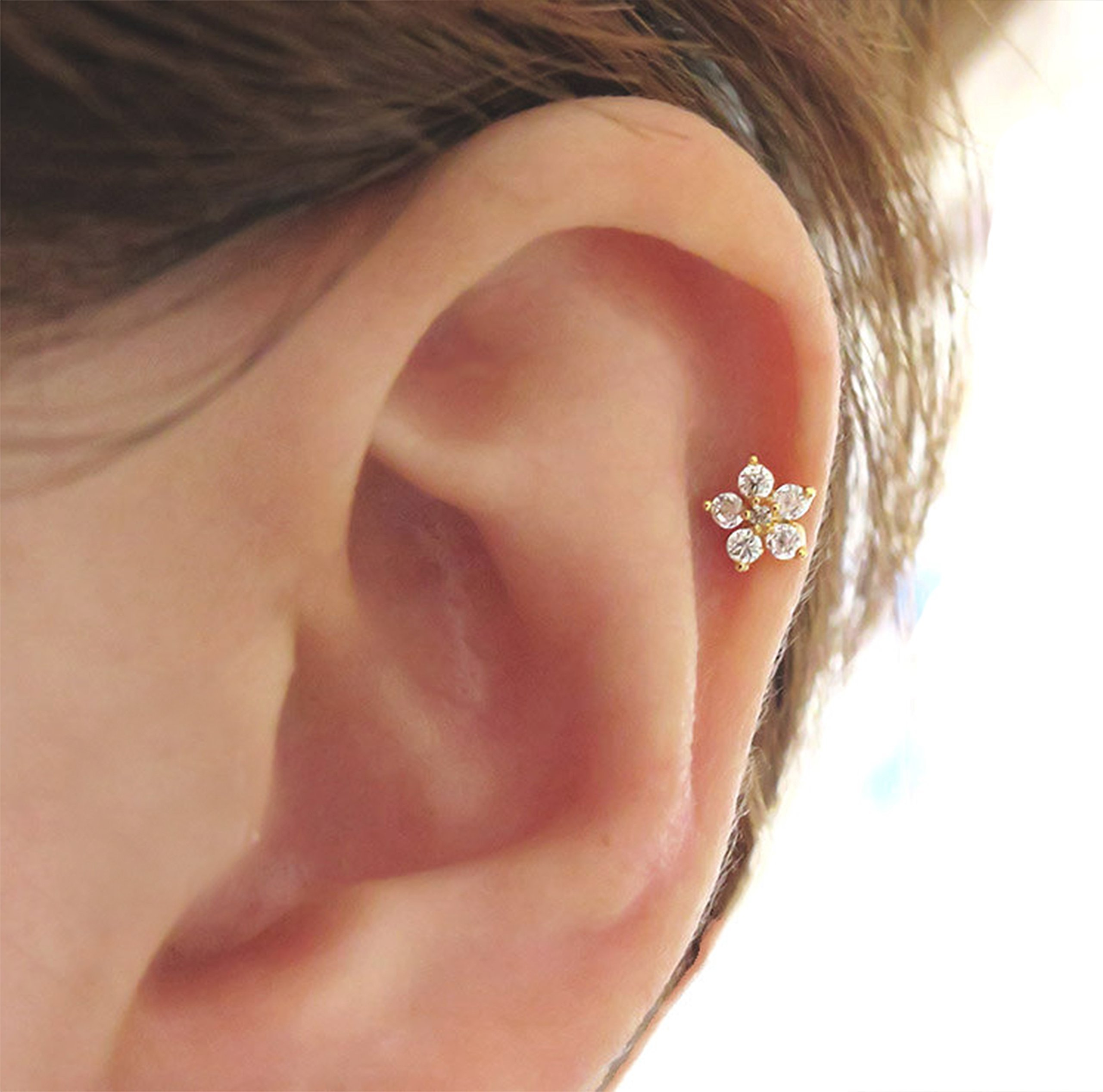 16g 316L surgical stainless steel CZ Flower Stud Earring