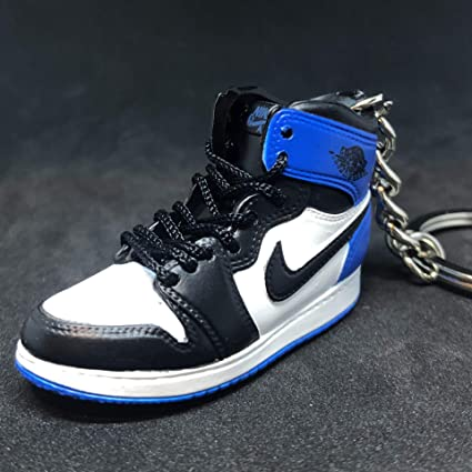 AIR JORDAN 1 RETRO HIGH OG /'/'YELLOW/'/' KEYCHAIN 3D SNEAKER SHOE FIGURE 1:6 W//BOX