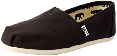 b17b3314909 Image Unavailable. Image not available for. Color  TOMS Women s Canvas  Classics Black ...
