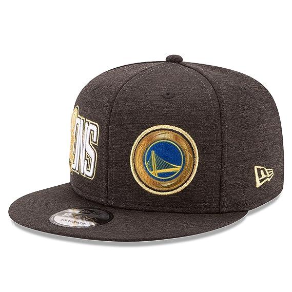 official photos 1cd18 3c86e Amazon.com   New Era Golden State Warriors 9FIFTY 2017 NBA Finals Champions Adjustable  Snapback Hat Cap   Clothing