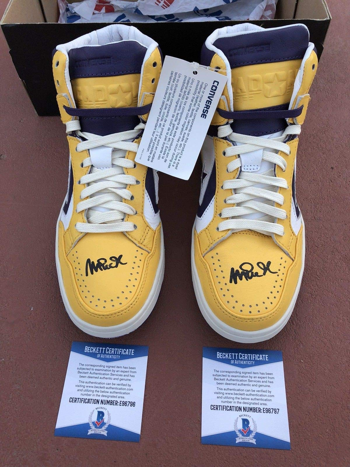 Magic Johnson Lakers Autographed Signed White/Yello Purple Converse Weapon Shoes Bas Coa
