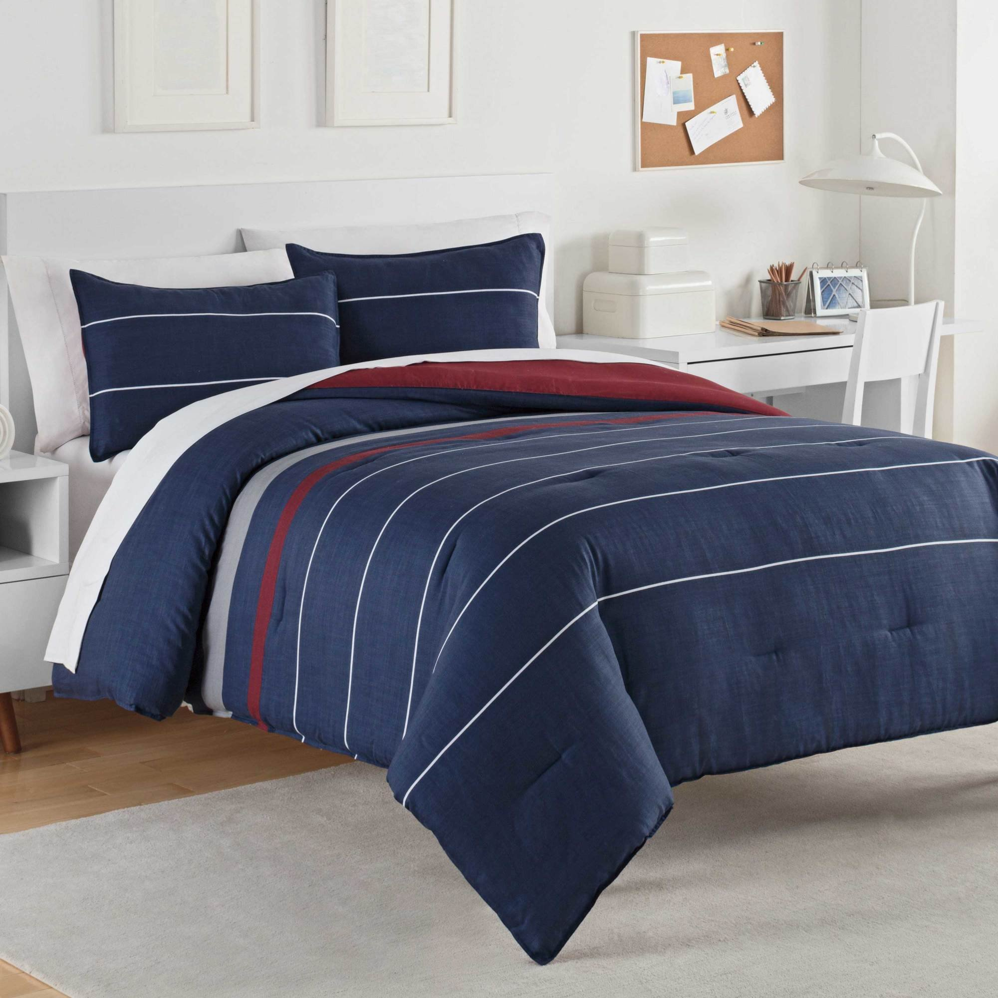 IZOD Jackson Comforter Set, Full/Queen, Blue