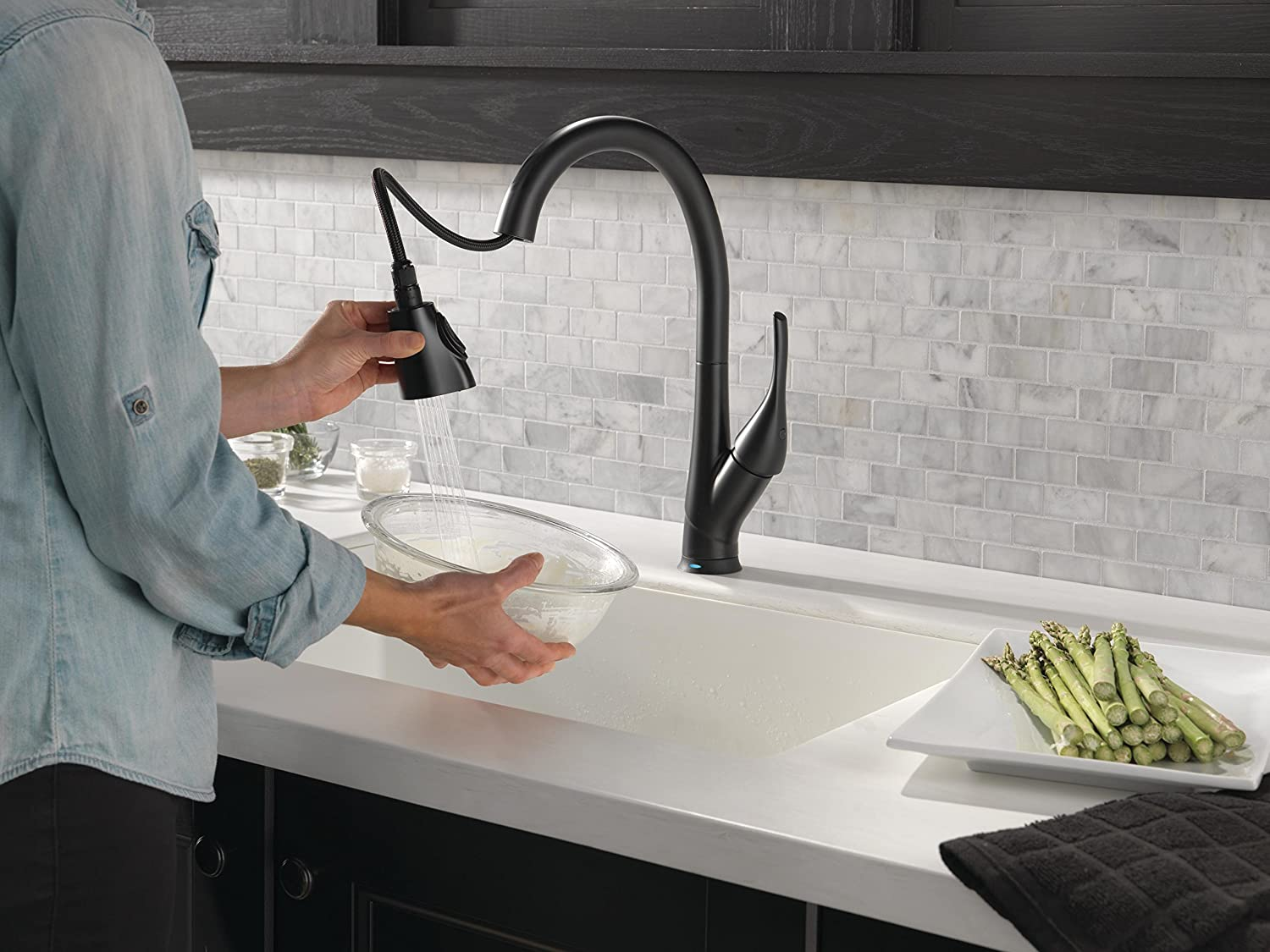 delta esque single handle pull down kitchen faucet with touch2o