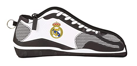 Real Madrid 811854584 2018 Estuches, 24 cm, Blanco: Amazon ...