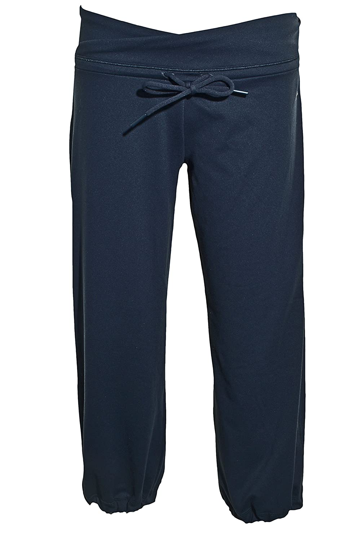26f4d4ff988d Amazon.com  Adidas Womens ClimaLite Capri Pants S Black  Sports   Outdoors