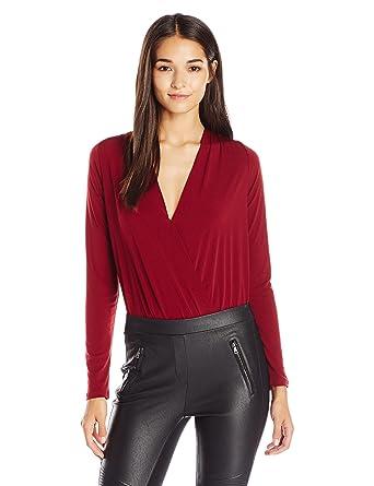 feb44efe480 Amazon.com: BCBGeneration Women's Long Sleeve Low V-Neck Bodysuit: Clothing