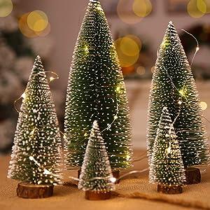 KELLYMOON Small Christmas Tree Set with LED String Light, 5PCS Mini Christmas Tree Desktop Small Pine Tree with Wood Base, Christmas Tree Decoration Home Decor