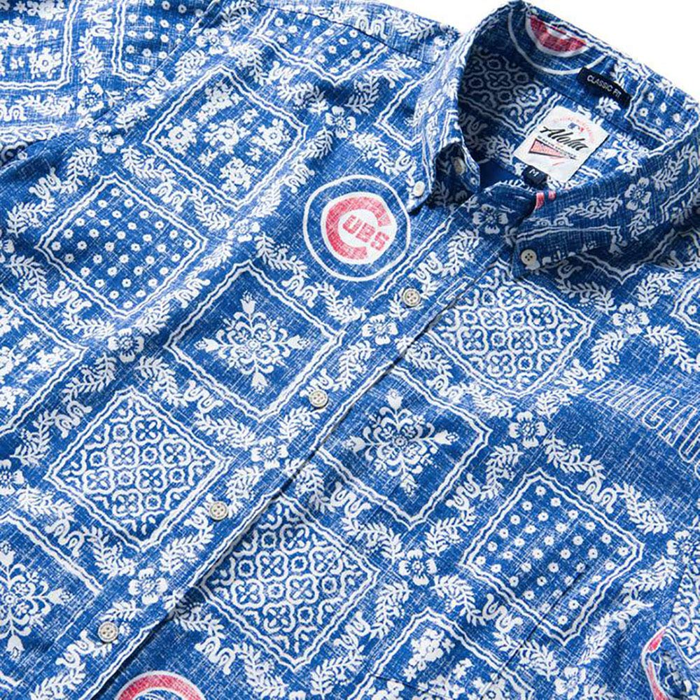 c48dc70ed Reyn Spooner Men's Chicago Cubs MLB Classic Fit Hawaiian Shirt at Amazon  Men's Clothing store: