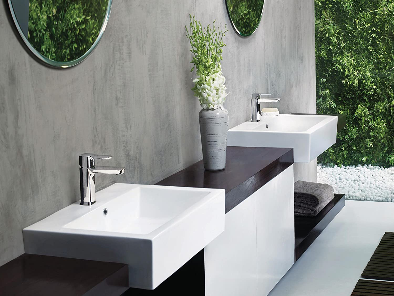 Delta Faucet Modern Single Hole Bathroom Faucet, Single Handle Bathroom Faucet Chrome, Bathroom Sink Faucet, Drain Assembly, Chrome 581LF-PP - -