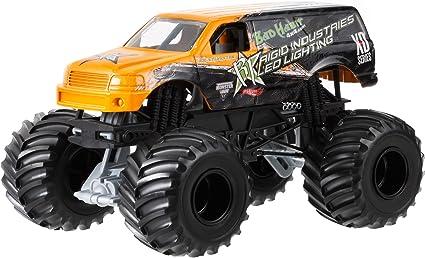 Amazon Com Hot Wheels Monster Jam Bad Habit Die Cast Vehicle 1 24 Scale Toys Games