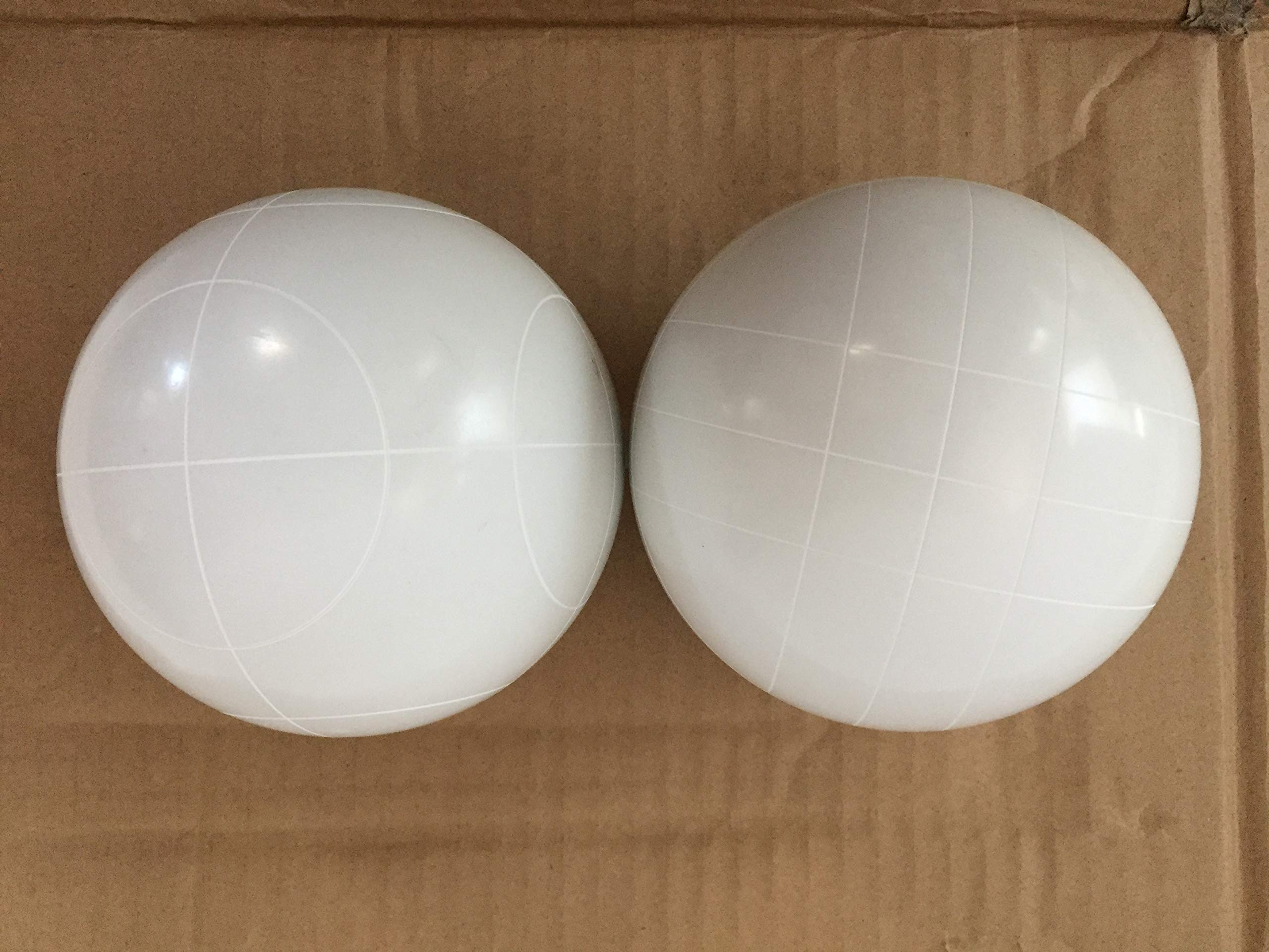 Pack of 2 - Replacement Bocce Balls - 107mm - White with 2 Different Scoring Patterns
