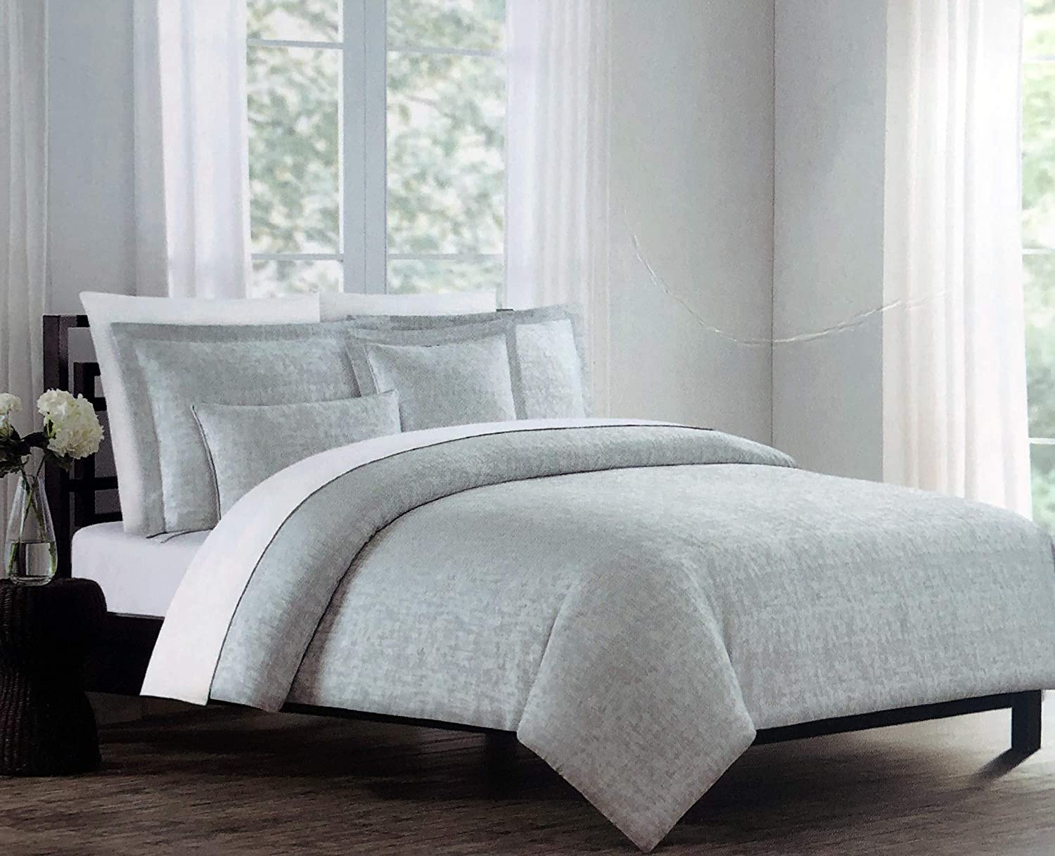 Tahari Home Maison Bedding 3 Piece King Size Luxury Cotton 3 Piece Duvet Comforter Cover Shams Set Solid White with Embroidered Textured Cream//Off-White Medallions
