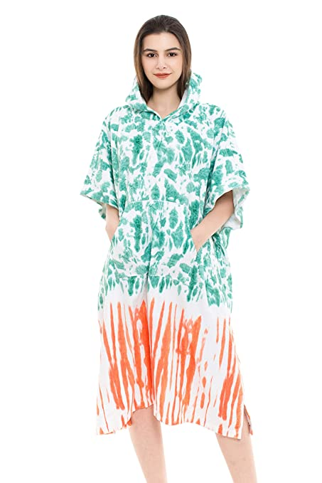 90b2721dccc335 Amazon.com: REEMONDE Changing Towel Surf Poncho Robe with Hood   One Size  Fits All   Great for Changing Out of Your Wetsuit (TD-Green): Home & Kitchen