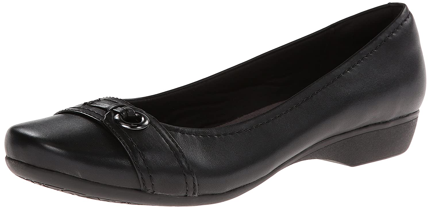 CLARKS Women's Propose Spire Flat B00I6A4V9W Parent