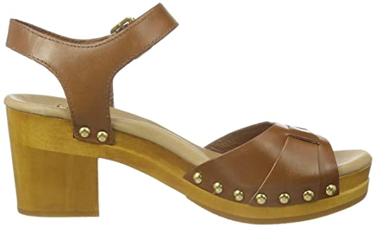 6e1ea1dd773 UGG Australia Women's 1010200-RUST Sandals Brown Size: 4: Amazon.co ...