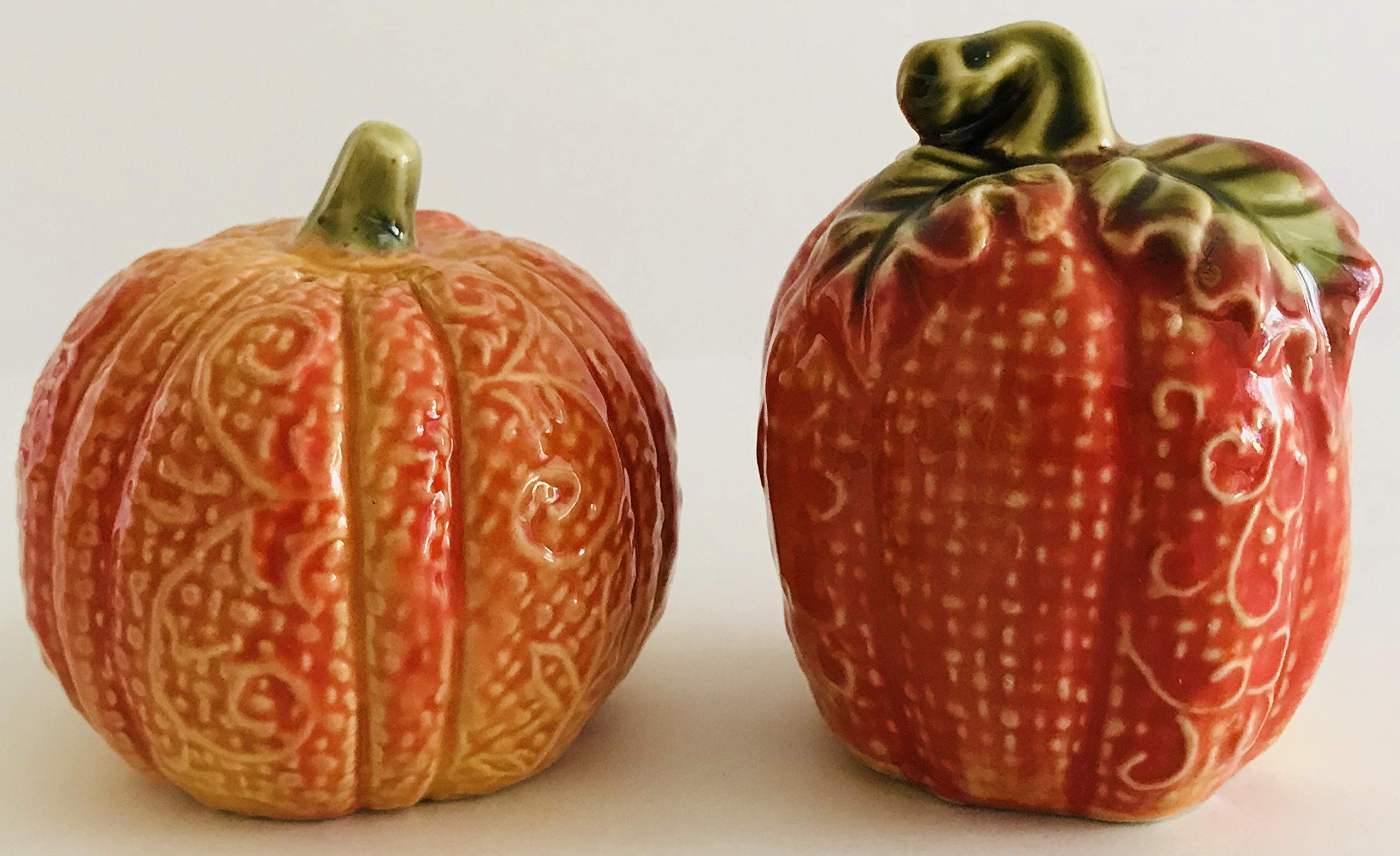 Autumn Salt & Pepper Shakers | 2.5 inches x 2 inches (Pumpkins)
