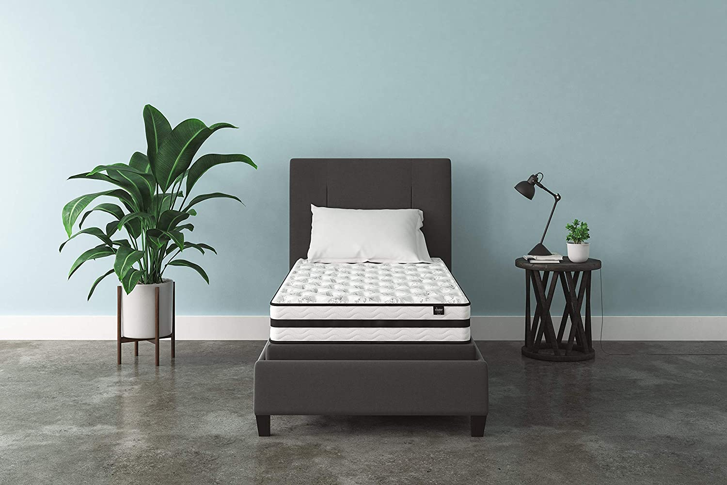 Signature Design by Ashley – 8 Inch Chime Express Hybrid Innerspring – Firm Mattress – Bed in a Box – Twin – White