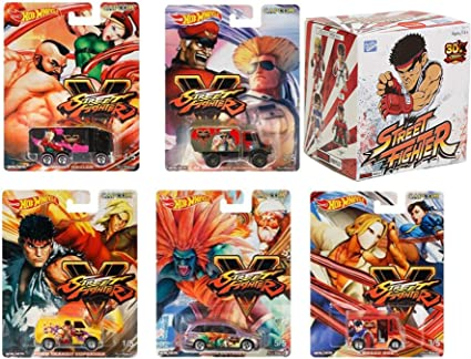 Amazon Com Real Action Hot Wheels Game Character Street Fighter 2019 Pop Culture Series Street Fighter V 5 Pack Hot Wheels Bread Box Chun Li Vs Vega Odyssey Blanka Ford Van Super Vinyls
