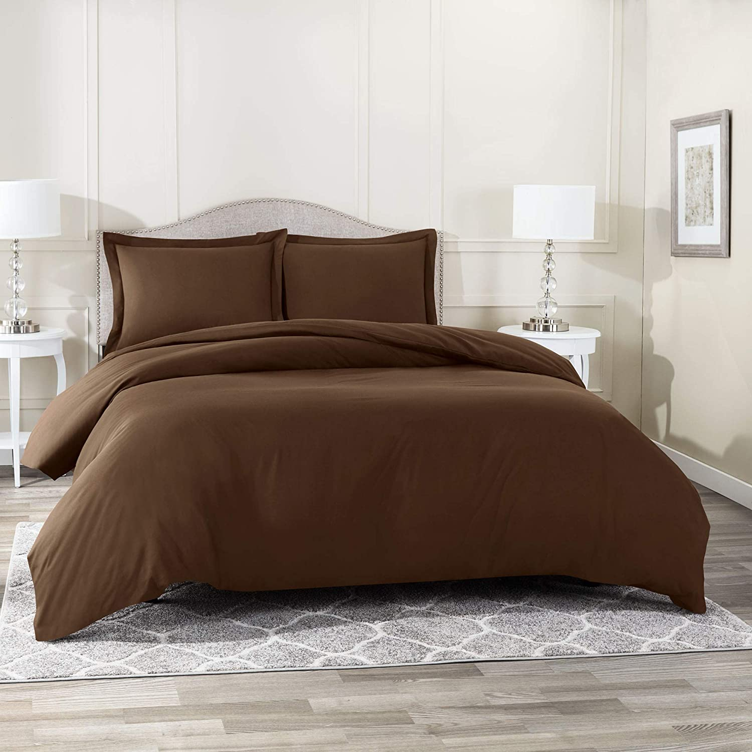"""Nestl Bedding Duvet Cover 2 Piece Set – Ultra Soft Double Brushed Microfiber Hotel Collection – Comforter Cover with Button Closure and 1 Pillow Sham, Chocolate - Twin (Single) 68""""x90"""""""