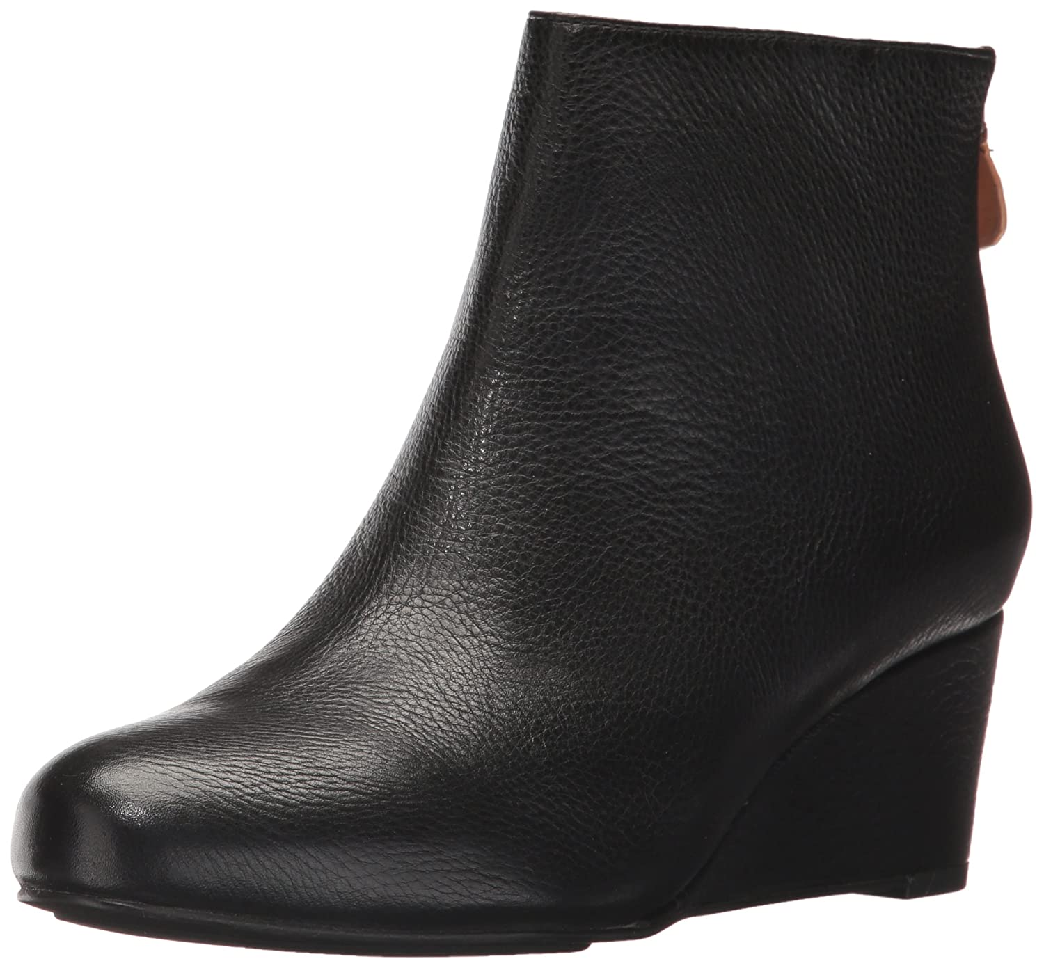 Gentle Souls by Kenneth Cole Women's Vicki Low Wedge Bootie Leather Ankle Bootie B06XX7Q9Z6 11 M US|Black