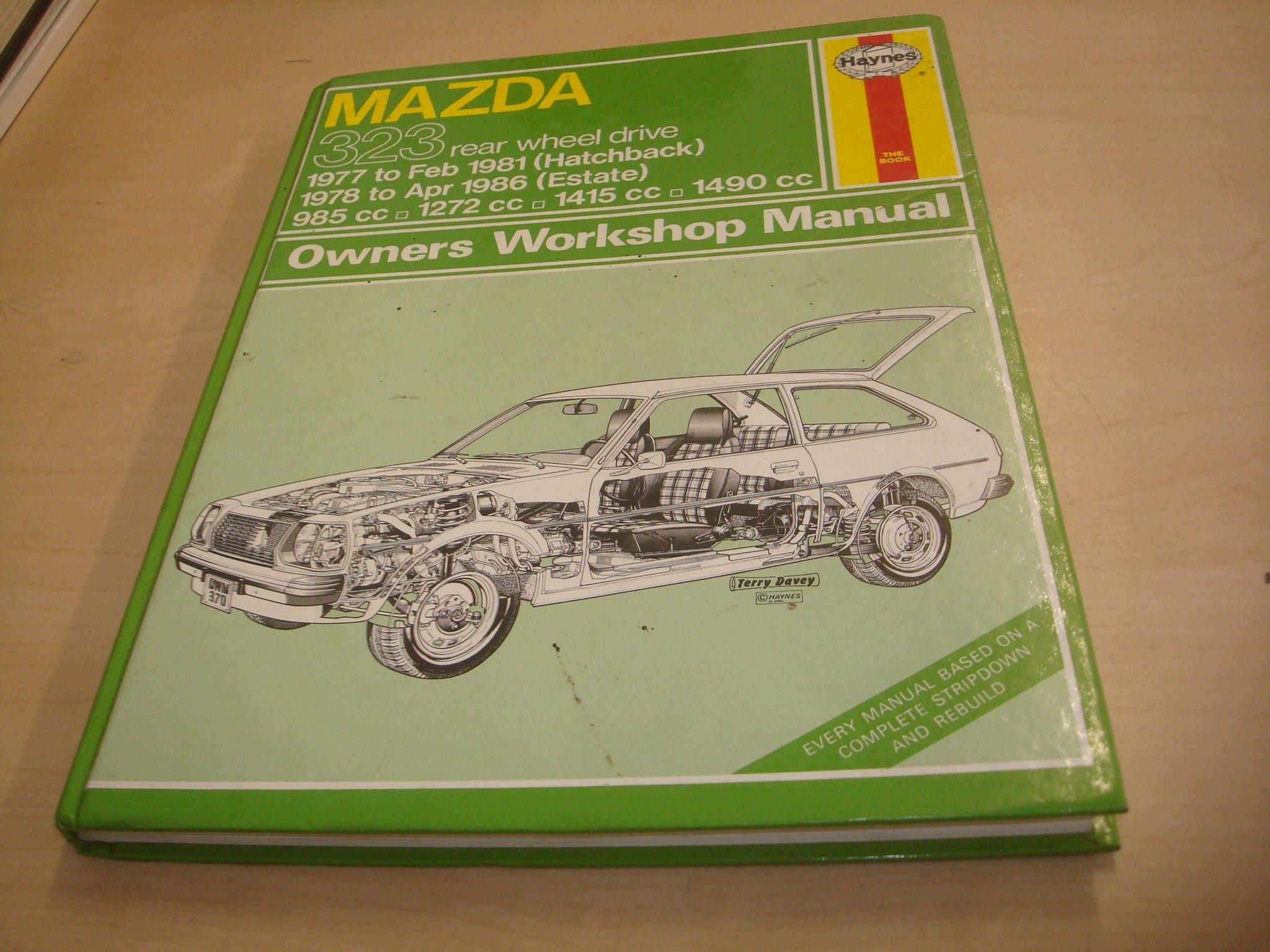 Mazda 323 1977-81 (Hatchback), 1978-86 (Estate) Owner's Workshop Manual ( Service & repair manuals): J. H. Haynes, Trevor G. Hosie: 9781850103141: ...