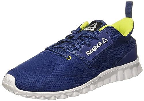 7a20b10d2bd2 Reebok Boy s Aim Supreme Jr Sports Shoes  Buy Online at Low Prices ...