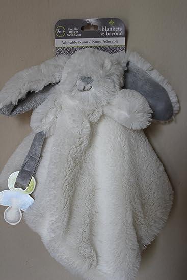 Amazon.com: Nunu conejo blanco manta y chupete: Baby