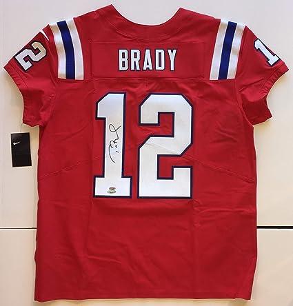 sports shoes 1fb46 736f5 Amazon.com: Tom Brady Autographed Patriots Nike PRO Elite ...
