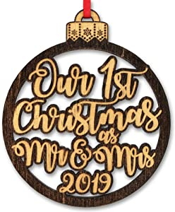 Our First Christmas As Mr & Mrs Holiday Item Ornament Gift for Newlywed Couples 1st Tree Decoration Engraved Custom Rustic Wood Gifts New House Bride Groom Bridal Shower Favor