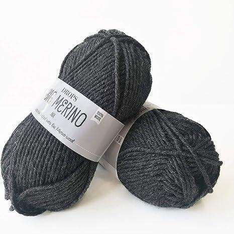 4 or Medium 1.8 oz Ball 04 Black 82 Yards Superwash Merino Wool Yarn Drops Big Merino Aran Weight