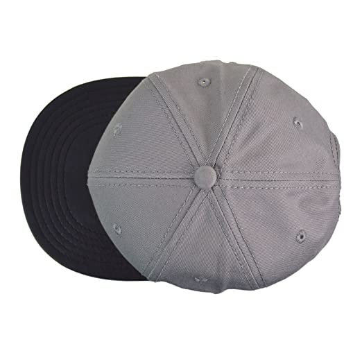 e6fbcd331d6 Carbon212 Grey with PU Peak Snapback Cap  Amazon.co.uk  Clothing