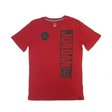 c5f3634ba01e3c Amazon.com  NIKE Air Jordan Big Boys T-Shirt (Gym Red