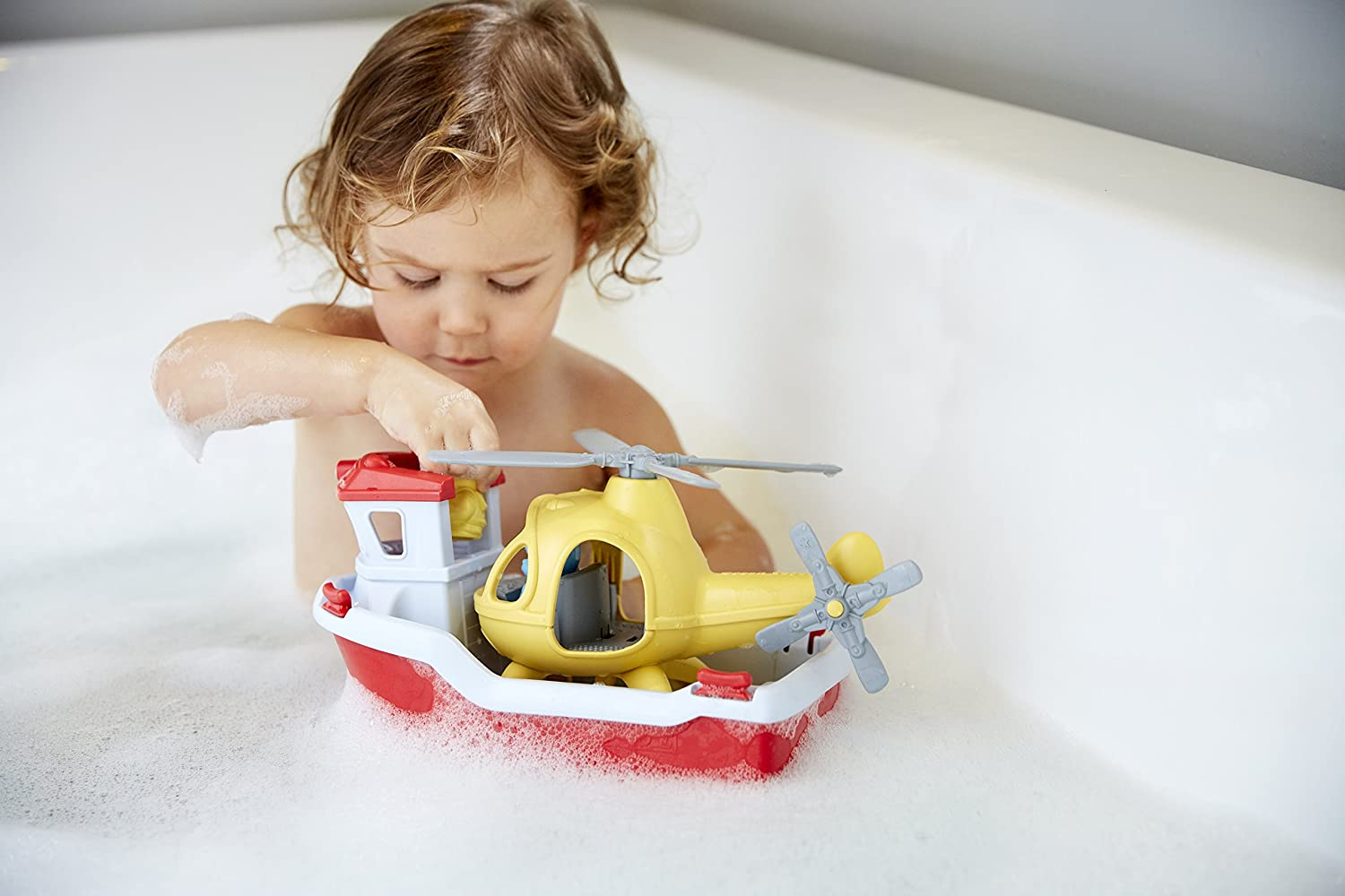 amazon com green toys rescue boat with helicopter toys u0026 games