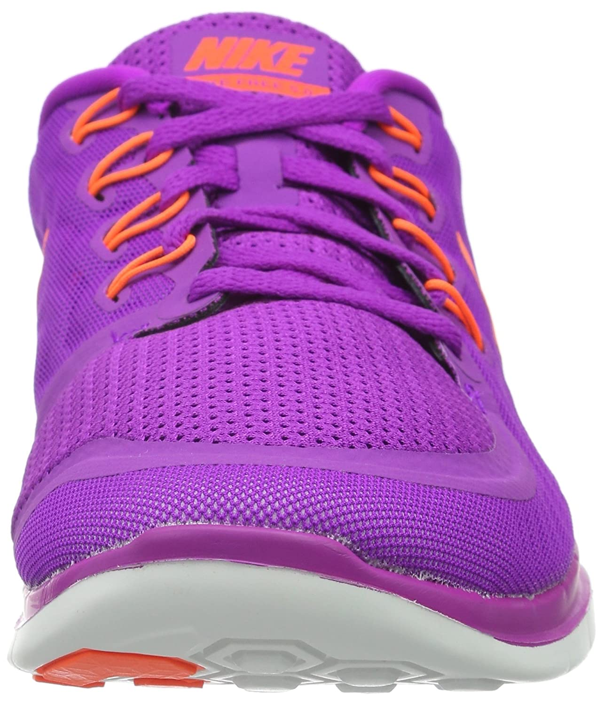 quality design ef758 bee7a Amazon.com  Nike Womens Free Running Shoe  Road Running