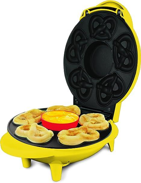 Amazon Com Smart Planet Spm 2 Superpretzel Soft Pretzel Maker Super Soft Pretzel Maker Kitchen Dining