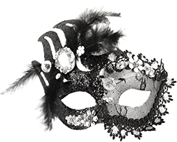 Black//White mask New Feather