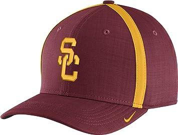 71925e095262d Nike Men s USC Trojans Cardinal AeroBill Football Sideline Coaches  Classic99 Hat (OneSize)