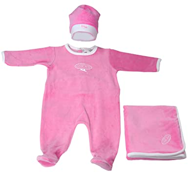 386355cbc4 Amazon.com  Cream Bebe Newborn Baby Girl Footie Velour Romper Blanket Hat  Take Me Home Set Candy Pink  Clothing