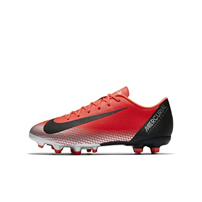 d6bd891f6a559 NIKE Youth Soccer Jr. Mercurial Vapor XII Academy Multi Ground Cleats (4 US  Big