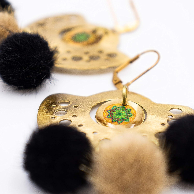 Pendientes de mandala incrustado en diseño precolombino