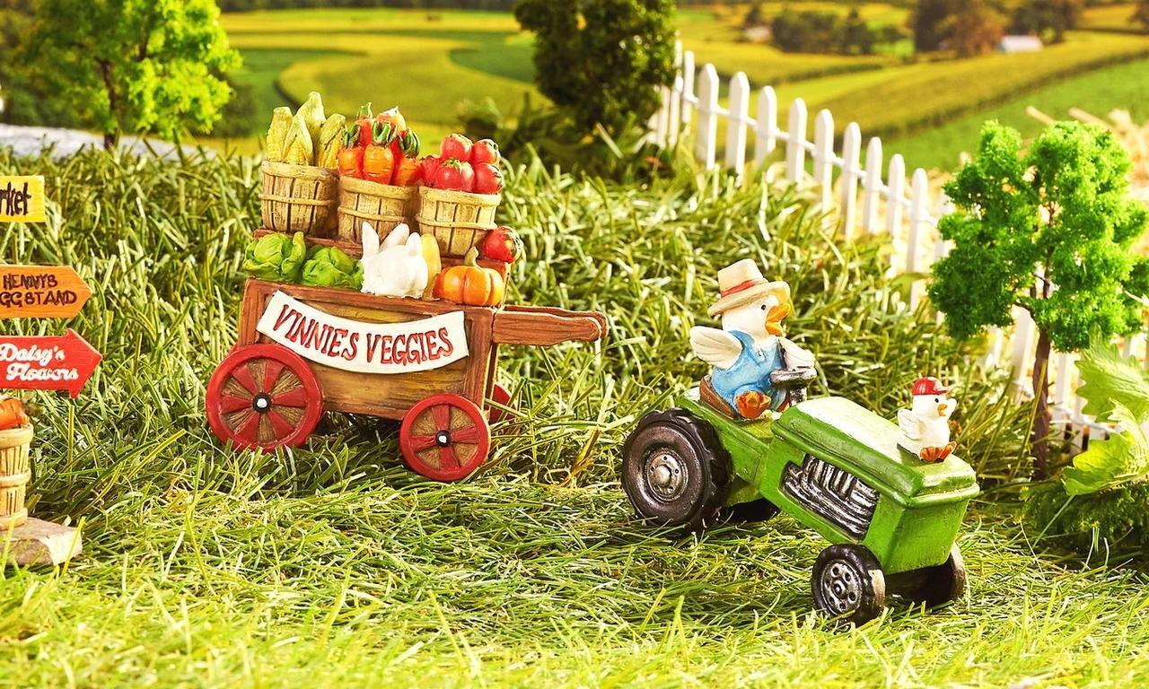 Mini Dollhouse FAIRY GARDEN Accessories - Mini Tractor and Trailer - My Garden Miniatures