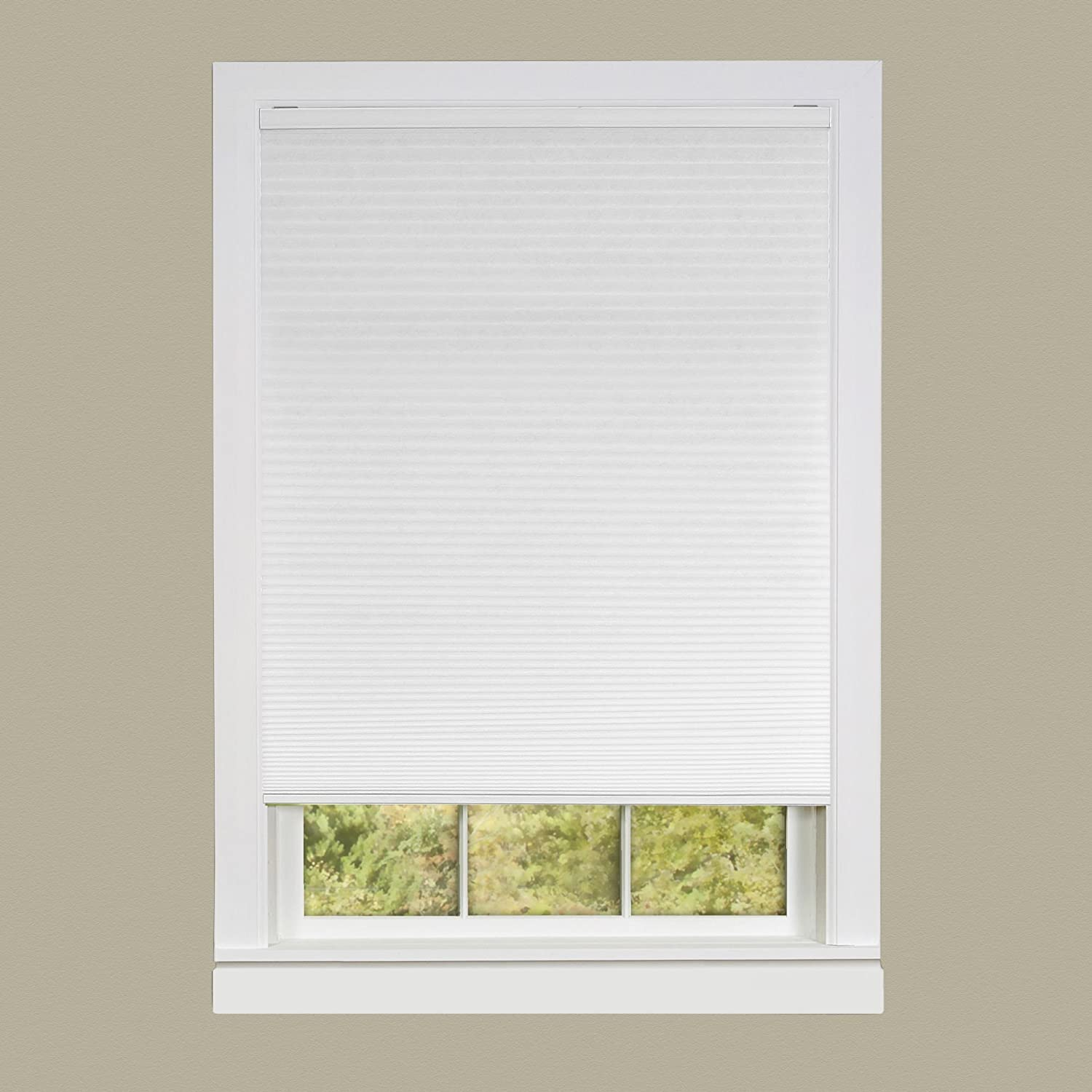 Achim Home Furnishings Honeycomb Pleated Cordless Window Shade, 23 by 64-Inch, Alabaster CSCO23AL06