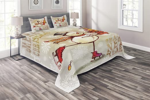 Christmas Themed Bird on Festive Floral Bouquet Poinsettia Pinecones and Berries Lunarable Cardinal Bedspread Set King Size Multicolor Decorative Quilted 3 Piece Coverlet Set with 2 Pillow Shams