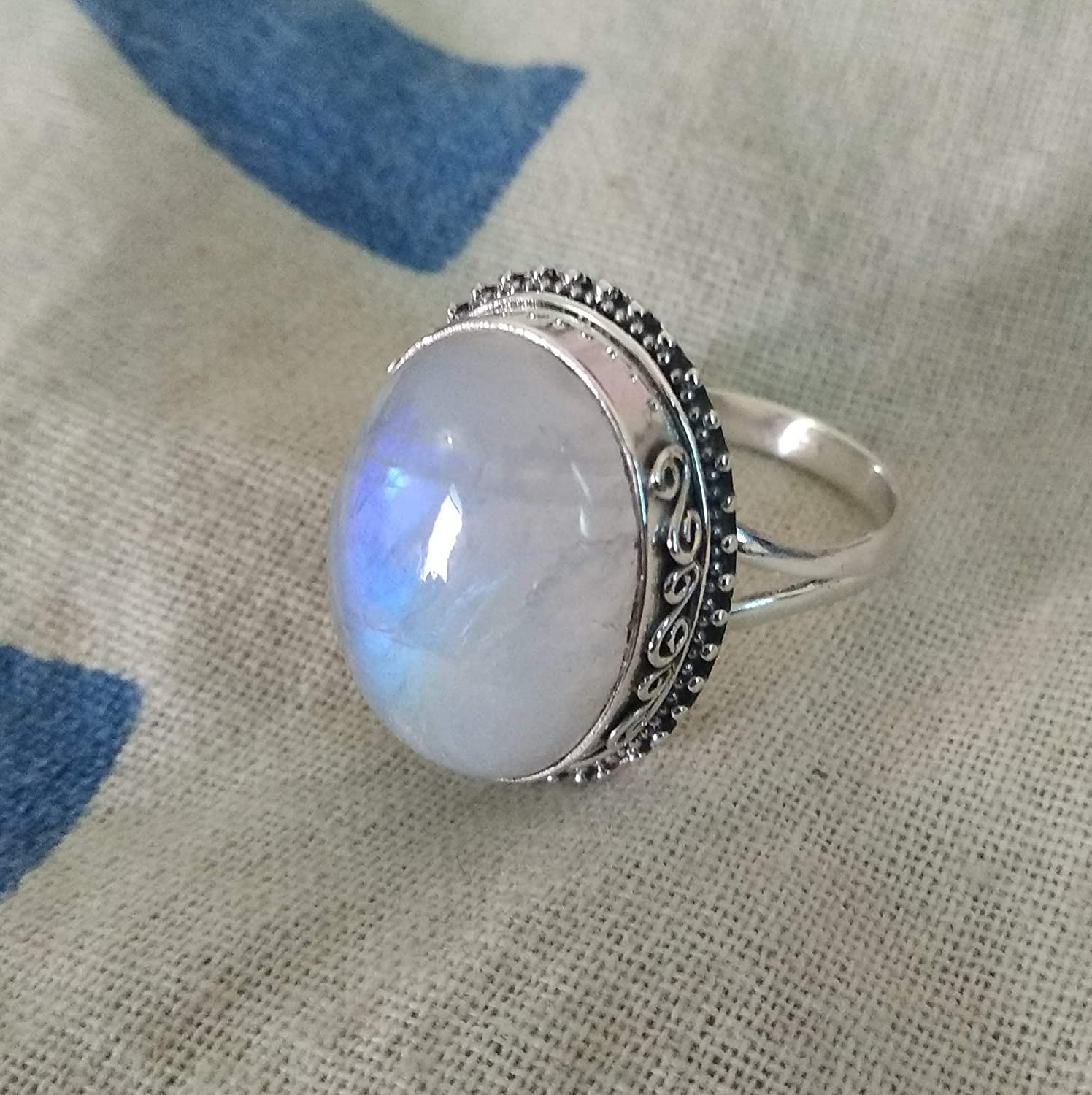June Birthstone Tiny Ring Christmas Sale Rainbow Moonstone Gemstone Ring 925 Sterling Silver Ring Gift For Love Blue Fire Moonstone Ring