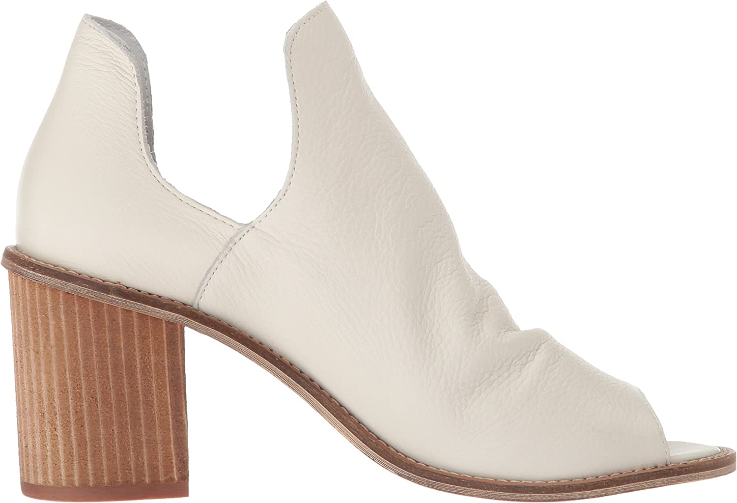 Chinese Laundry Womens Carlita Ankle Boot